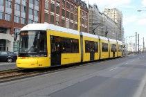 12_6f_Straßenbahn_klein